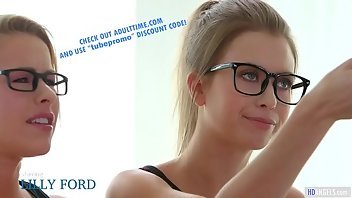 Jamaican Teen Blonde Glasses