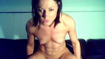 Amateur Small Tits Muscular Women