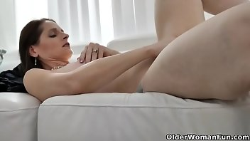 Striptease MILF Mature Mom